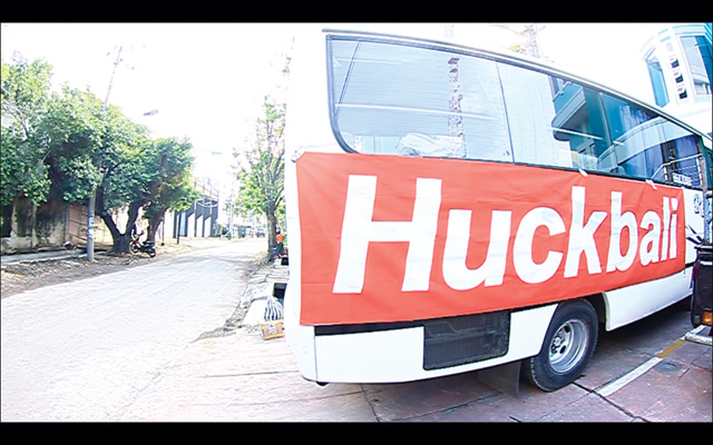 HUCKTOUR1