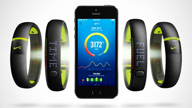 xl_Nike-Fuelband-SE-iPhone5s-624