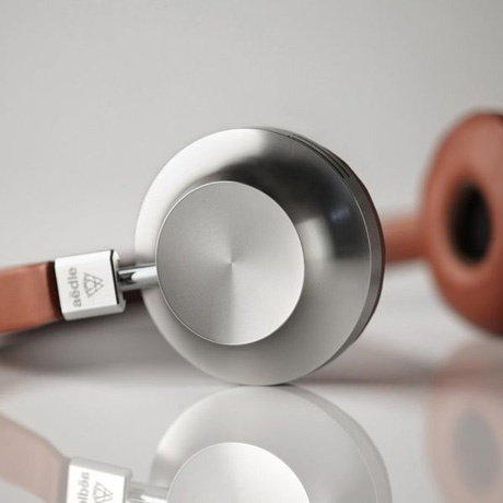 xnew-headphones.jpeg.pagespeed.ic.EEXp3zJVFW