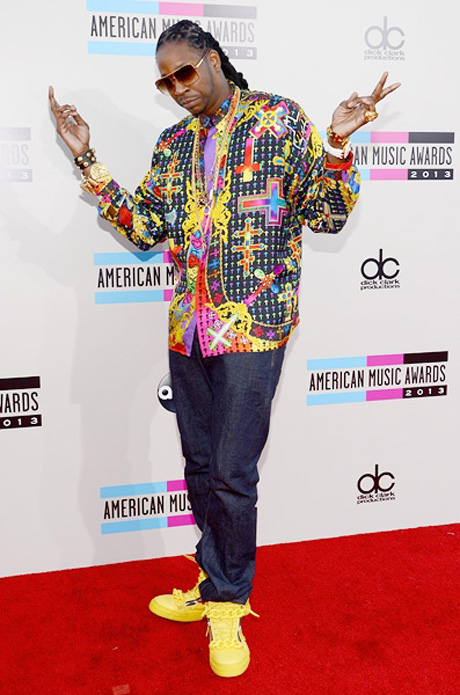 2-chainz-amas-2013-red-carpet-600