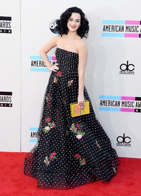 katy-perry-amas-2013-red-carpet-600