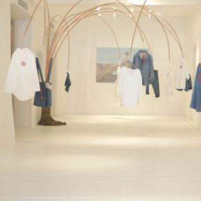 LEVI'S RED POP-UP SHOP