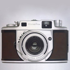 WILLIAM FISK // VINTAGE GADGET PHOTOREALISTIC PAINTINGS