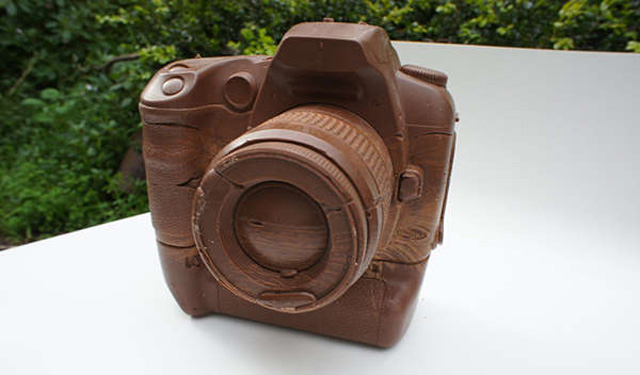 chocolate-cameras.jpeg.pagespeed.ce.EY0mhd0r_S