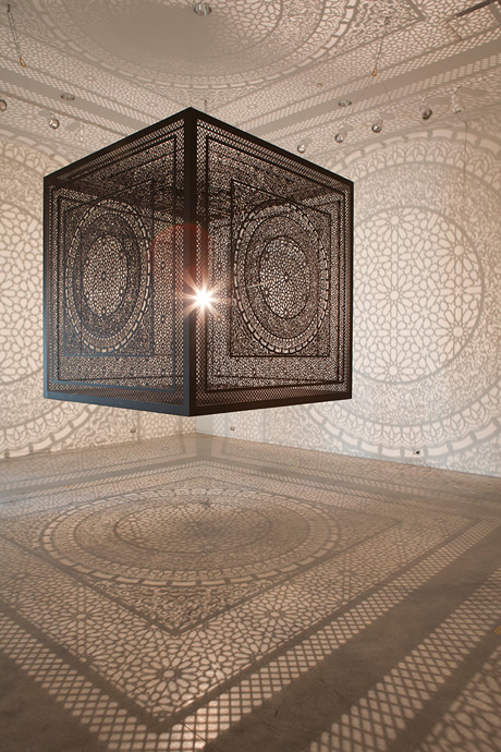 shadow-cube-light-installation-art-interesctions-by-anila-quayyum-agha-1