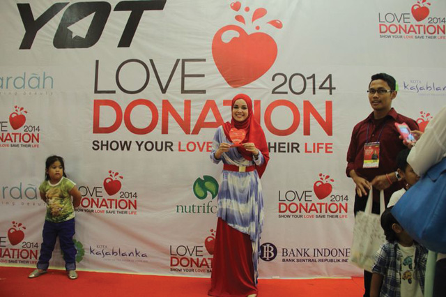 LOVE-DONATION13