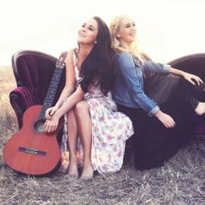 MEGAN & LIZ // 'SIMPLE LIFE' SINGLE