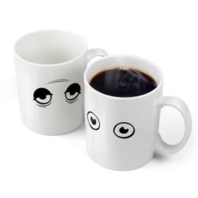 WAKE UP CUP // MUG YANG AKTIF KARENA SUHU PANAS