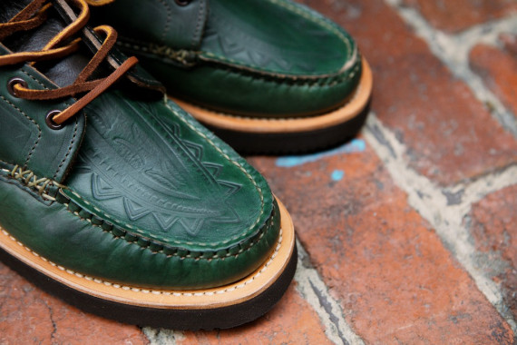 Yuketen-Native-Maine-Guide-Boots-Loden-Green-04-570x380