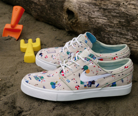 nike-sb-zoom-stefan-janoski-canvas-beach-707683-917-03-570x479