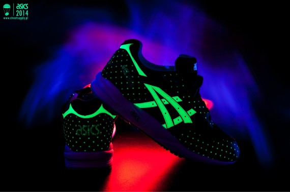 asics-glow-in-the-dark-pack-02-570x379