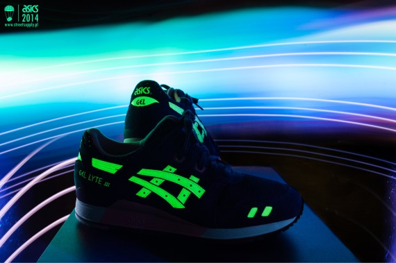 asics-glow-in-the-dark-pack-05-570x379
