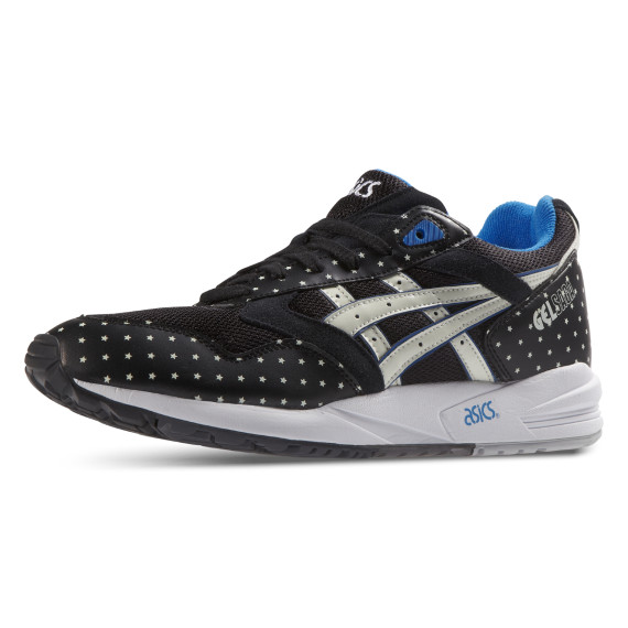asics-glow-in-the-dark-pack-1-570x570