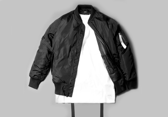 stampd-the-strapped-bomber-02-570x398