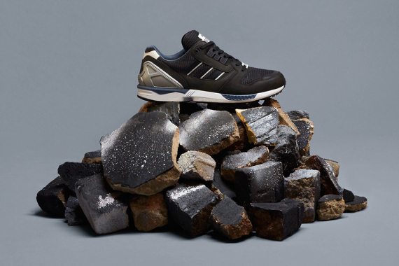 adidas-originals-zx-8000-fall-of-the-wall-pack-2-570x380