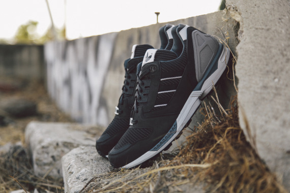 adidas-originals-zx-8000-fall-of-the-wall-pack-closer-look-02-570x380