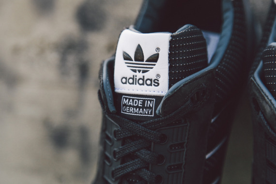 adidas-originals-zx-8000-fall-of-the-wall-pack-closer-look-06-570x380