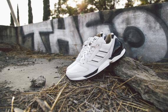adidas-originals-zx-8000-fall-of-the-wall-pack-closer-look-08-570x380