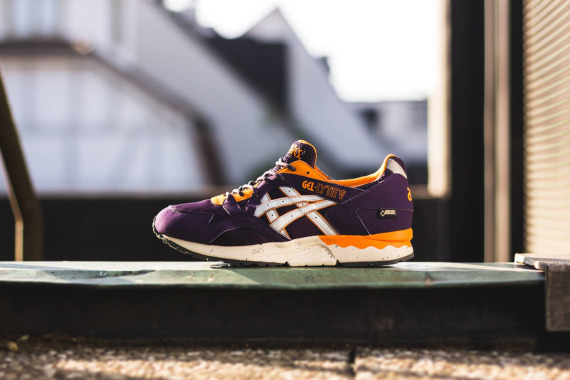 asics-gel-lyte-v-gore-tex-purple-soft-grey-07-570x380