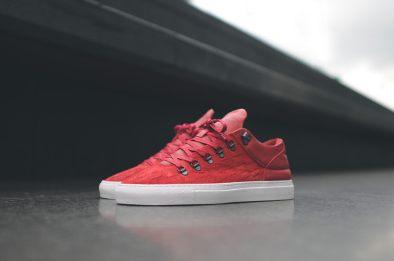 filling-pieces-alligator-red-01-570x378 (1)