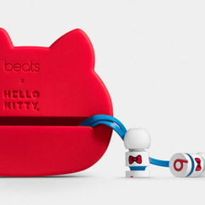 BEATS BY DR. DRE X HELLO KITTY // 40TH ANNIVERSARY URBEATS EARPHONES