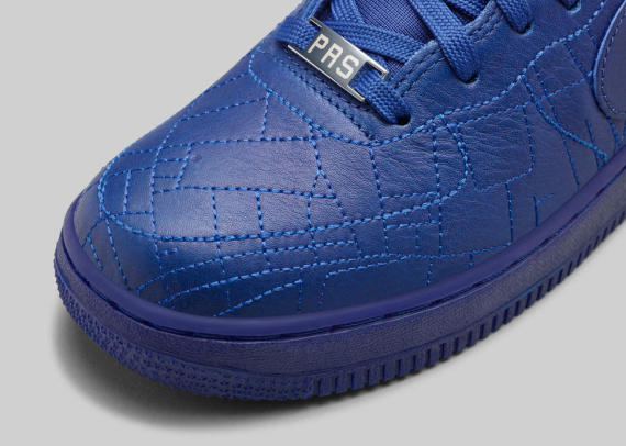 nike-wmns-city-collection-holiday-2014-i-570x406