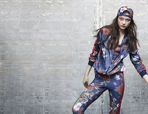 rita-ora-adidas-originals-fall-winter-2014-spray-roses-pack-06-570x439