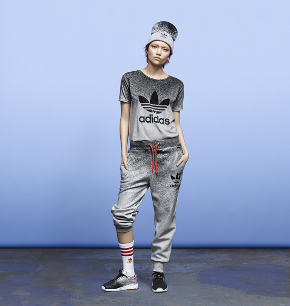 rita-ora-adidas-originals-fall-winter-2014-spray-roses-pack-07-570x601