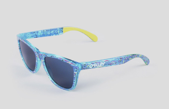 staple-liberty-oakley-frogskins-sunglasses-available-now-05-570x368