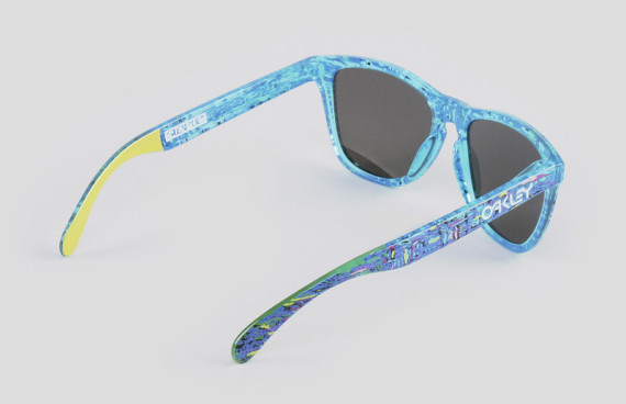 staple-liberty-oakley-frogskins-sunglasses-available-now-07-570x368