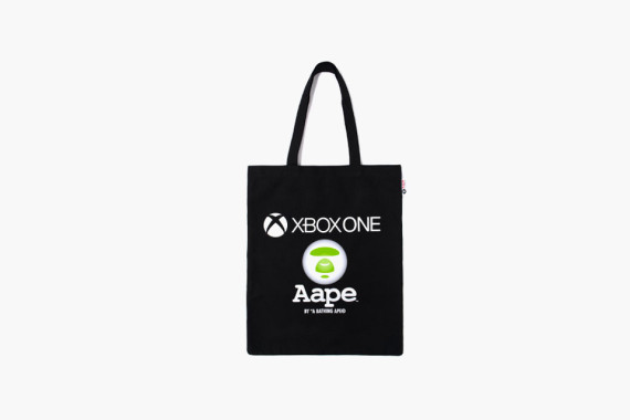xbox-one-x-aape-by-a-bathing-ape-capsule-collection-4-570x380
