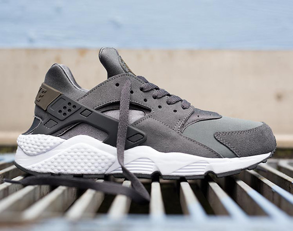 Nike-air-Huarache-cool-grey