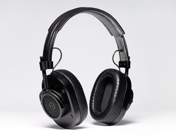 proenza-schouler-master-dynamic-mh40-headphones-04-570x448