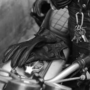 DESILLUSION X IRON & RESIN // LEATHER GLOVES LIMITED EDITION