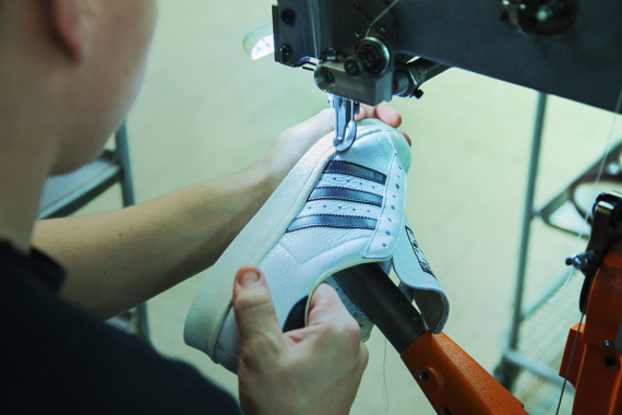 adidas-consortium-superstar-made-in-france-07-570x380