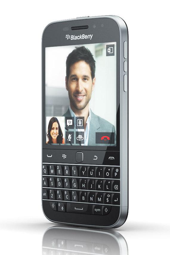 blackberry-classic-02-570x855