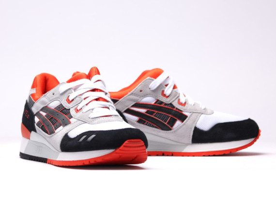 asics-gel-lyte-iii-signal-orange-04-570x425