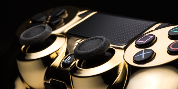 colorware-24k-gold-gaming-controllers-05-570x285