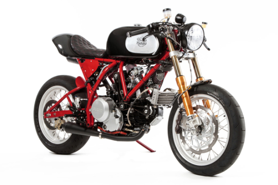 deus-dreamliner-custom-motorcycle-powered-by-ducati-0-570x380