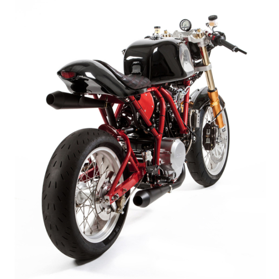 deus-dreamliner-custom-motorcycle-powered-by-ducati-4-570x570