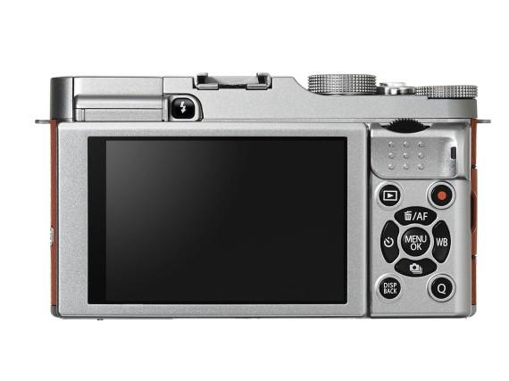 fujifilm-x-a2-with-selfie-friendly-lcd-4-570x427