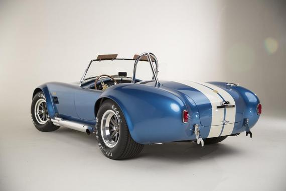 shelby-american-427-cobra-50th-anniversary-5-570x380