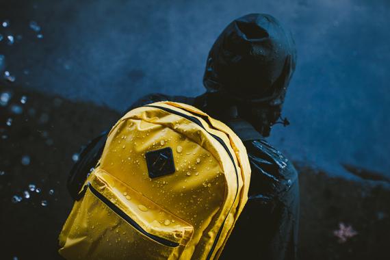 the-hundreds-winter-2014-tarpaulin-bag-collection-03-570x380