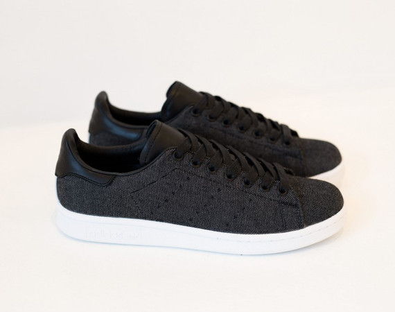 adidas-stan-smith-black-denim-01-570x450