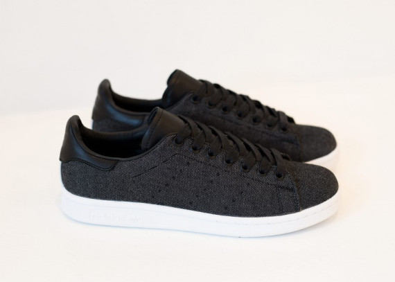 adidas-stan-smith-black-denim-04-570x407