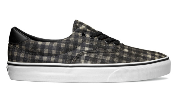 vans-spring-2015-distressed-plaid-classics-03-570x325