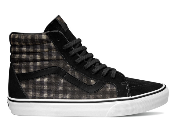 vans-spring-2015-distressed-plaid-classics-07-570x434