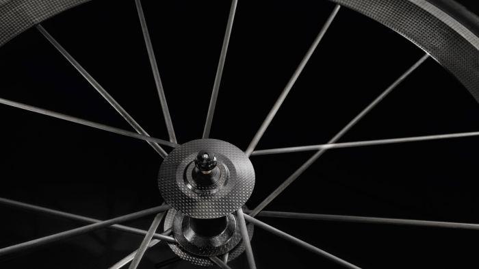 audi-sport-racing-bike-unveiled-02