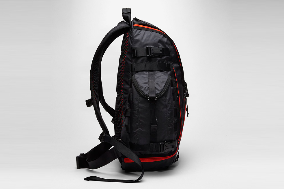 nikelab-acg-responder-backpack-01