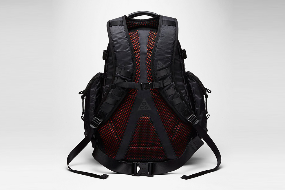 nikelab-acg-responder-backpack-02
